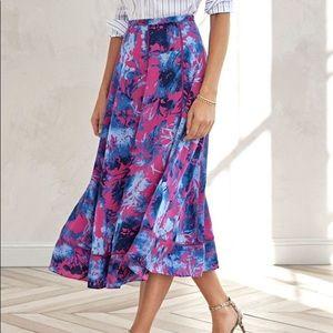 Banana Republic Size 6 Long Floral Skirt